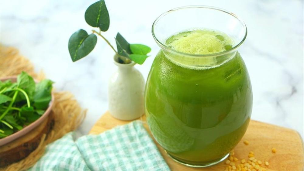 Cách làm sinh tố rau má đậu xanh đúng cách nhất