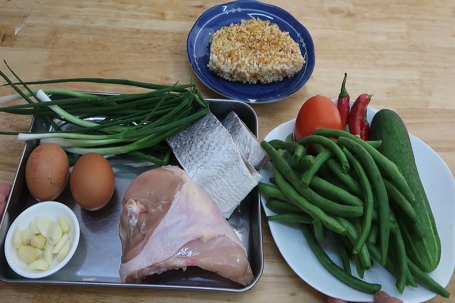 Nguyên liệu cho món cơm chiên cá mặn