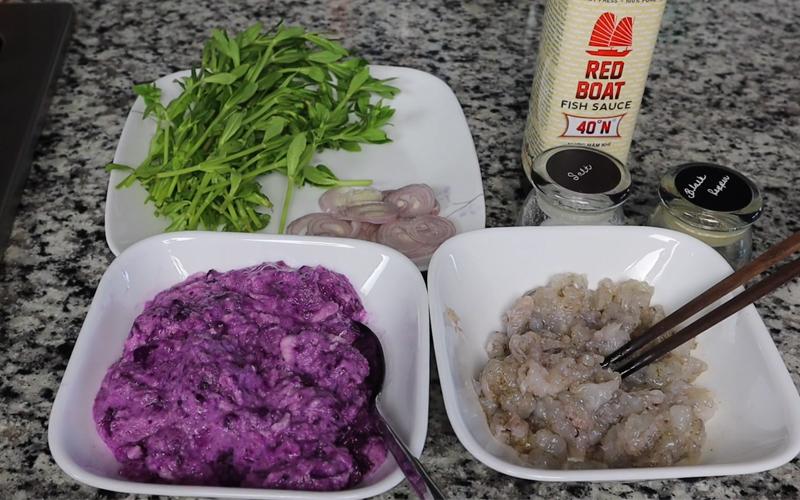 Nguyên liệu cần chuẩn bị cho món canh khoai mỡ với tôm